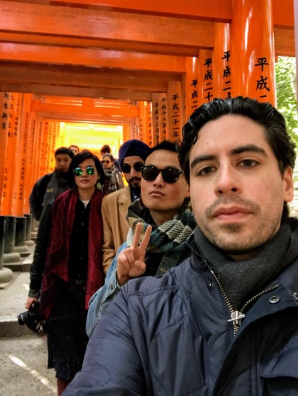 CHOLA selfie